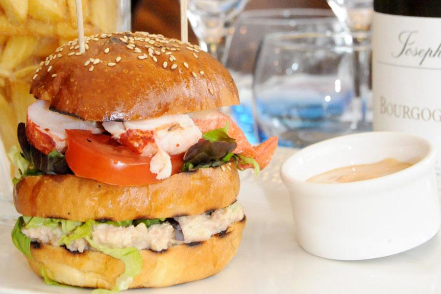 Hamburger d'homard et de crabe