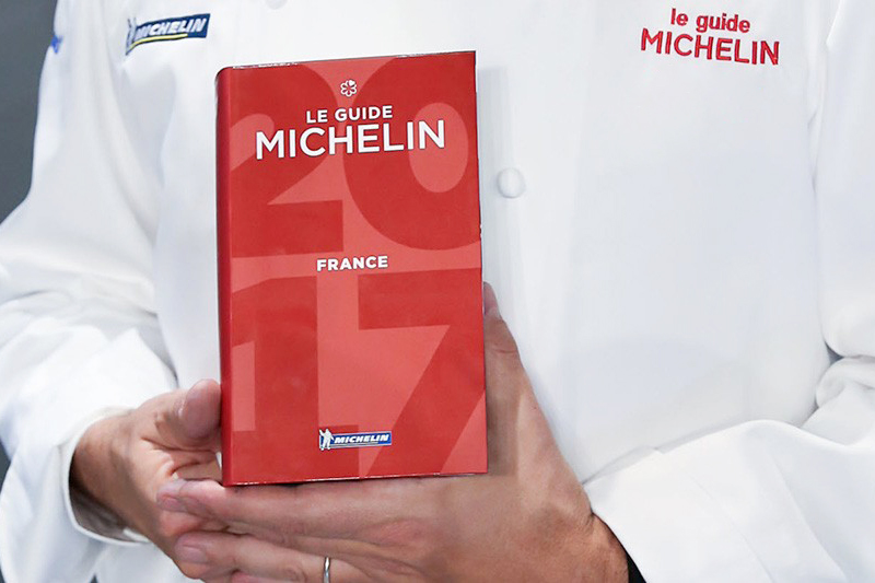 10 consecutive years to the Michelin Guide